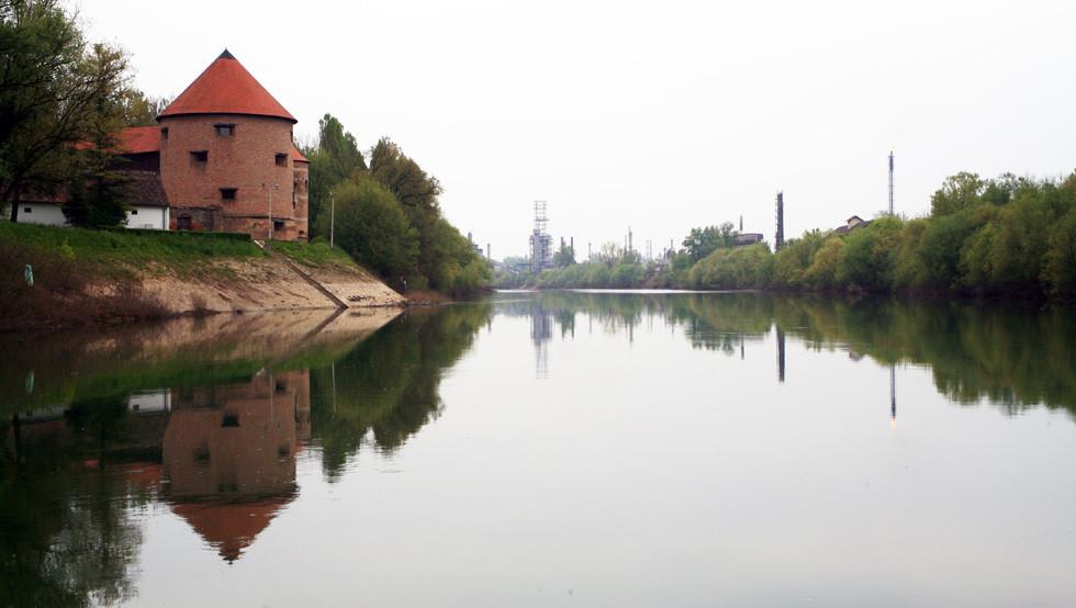 Sisak-staro-i-novo-Zeljko-Krcadinac-1